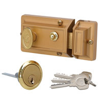 YDY564G - Traditional<br>Nightlatch